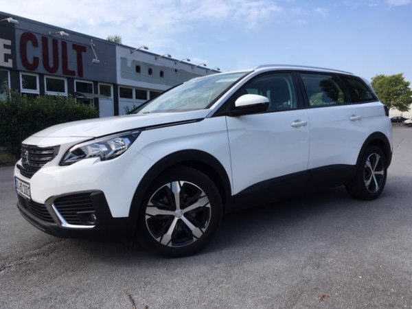 Peugeot 5008 Active 1.6 Blue HDI in Soest