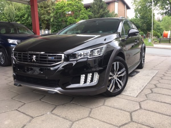 Peugeot 508 RXH Blue HDI 180 EAT6 in Warstein