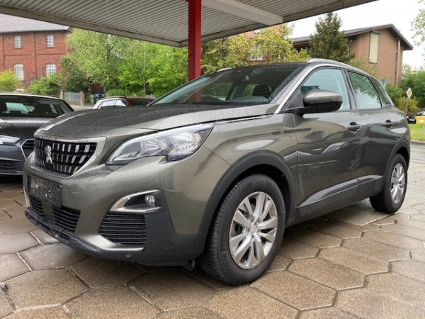 Peugeot 3008 Active 1.6 Blue HDI 120 EAT6 in Warstein