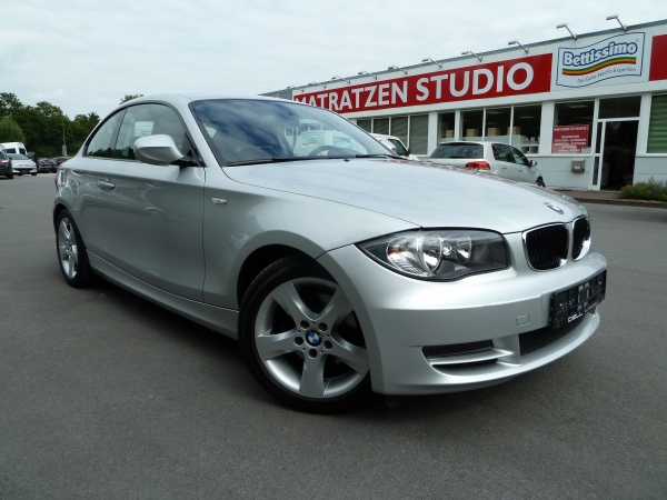 BMW 120 120i Coupe erst 42.500KM KM  in Soest